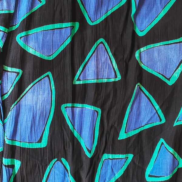 dettaglio camicia triangoli anni '80
